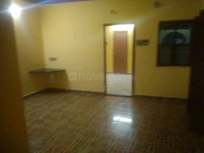 Gallery Cover Image of 500 Sq.ft 1 BHK Independent House for rent in Anakaputhur for 6000
