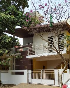 Gallery Cover Image of 2000 Sq.ft 3 BHK Independent House for buy in HBR Layout for 12000000