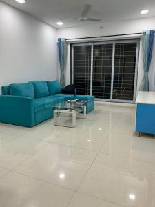 Gallery Cover Image of 900 Sq.ft 2 BHK Apartment for rent in RNA Continental, Chembur for 52000