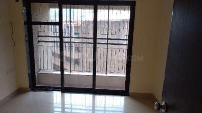 Gallery Cover Image of 1050 Sq.ft 2 BHK Apartment for rent in West Pioneer Metro Residency, Kalyan East for 15500