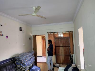 Gallery Cover Image of 880 Sq.ft 2 BHK Apartment for rent in Electronic City for 12000