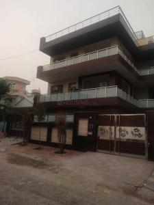 Gallery Cover Image of 1200 Sq.ft 1 BHK Independent Floor for rent in Sector 46 for 12000