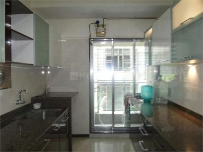 Gallery Cover Image of 700 Sq.ft 2 BHK Apartment for buy in Swaraj Midas Tower, Sion for 19000000
