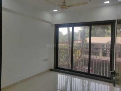 Gallery Cover Image of 650 Sq.ft 1 BHK Apartment for rent in Santacruz East for 45000