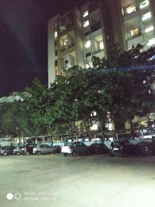 Gallery Cover Image of 1150 Sq.ft 2 BHK Apartment for rent in Karve Nagar for 25000