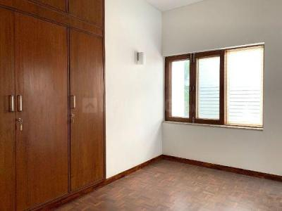 Gallery Cover Image of 2700 Sq.ft 4 BHK Independent House for rent in RWA East of Kailash Block E, Greater Kailash for 75000