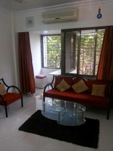Gallery Cover Image of 620 Sq.ft 1 BHK Apartment for rent in Bandra West for 68000