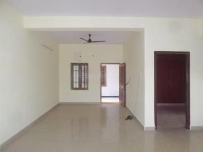 Gallery Cover Image of 1500 Sq.ft 3 BHK Apartment for rent in Chanakyapuri for 14000
