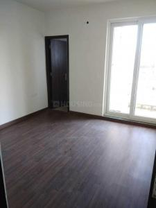 Gallery Cover Image of 650 Sq.ft 2 BHK Apartment for rent in Sector 82 for 6400