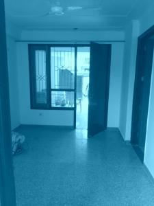 Gallery Cover Image of 700 Sq.ft 1 BHK Independent Floor for rent in Sector 57 for 11000