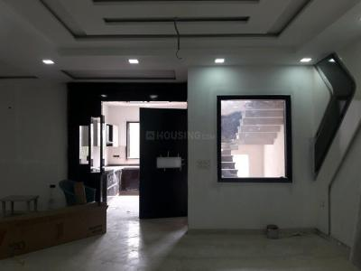 Gallery Cover Image of 1800 Sq.ft 4 BHK Apartment for buy in Sector 25 Rohini for 18000000