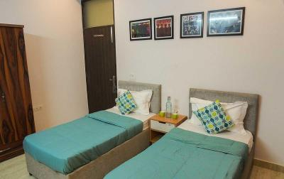 Bedroom Image of PG In Golf Course Road Gurgaon-boys, Girls & Couples in Sector 54