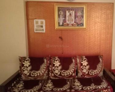Gallery Cover Image of 565 Sq.ft 1 BHK Apartment for buy in Mahavir Darshan Apartment, Kandivali West for 9000000