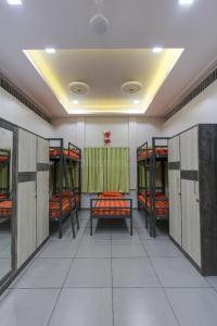 Bedroom Image of Yash Shelters PG in Sadashiv Peth