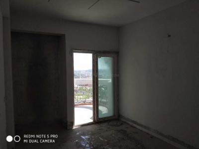 Gallery Cover Image of 1255 Sq.ft 2 BHK Apartment for buy in Ajnara Ambrosia, Sector 118 for 5500000