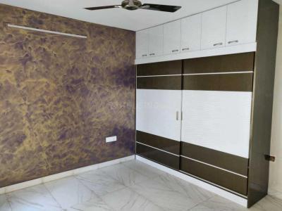 Gallery Cover Image of 2400 Sq.ft 3 BHK Apartment for buy in Landmark Vertica, Royapettah for 33000000