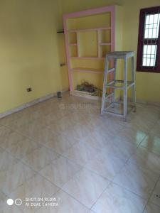 Gallery Cover Image of 950 Sq.ft 2 BHK Independent Floor for rent in Nanmangalam for 10000