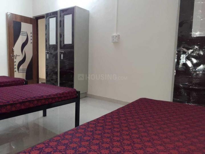 खराड़ी में श्रीनिवासा पीजी में बेडरूम की तस्वीर