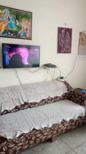 Gallery Cover Image of 865 Sq.ft 2 BHK Apartment for buy in Anand Ashray, Phi II Greater Noida for 3050000