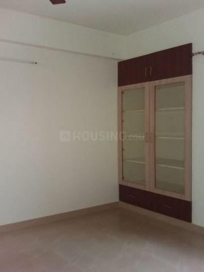 Bedroom Image of 700 Sq.ft 1 BHK Apartment for rent in Thoraipakkam for 19000