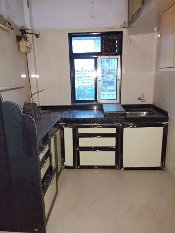 Kitchen Image of 800 Sq.ft 2 BHK Apartment for rent in Dahisar East for 23000