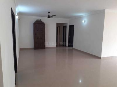 Gallery Cover Image of 1300 Sq.ft 4 BHK Apartment for rent in Pallikaranai for 27000