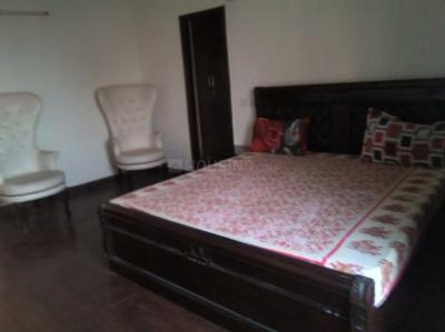 Gallery Cover Image of 2300 Sq.ft 3 BHK Apartment for rent in Chi III Greater Noida for 16000