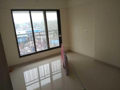 Gallery Cover Image of 1100 Sq.ft 2 BHK Apartment for rent in Kandivali West for 25000