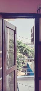 Balcony Image of Gaurav PG in DLF Phase 2