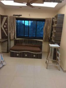 Gallery Cover Image of 905 Sq.ft 2 BHK Apartment for rent in Malad West for 35000