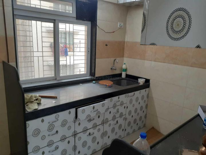 Kitchen Image of 715 Sq.ft 1 BHK Apartment for rent in Malad West for 33000