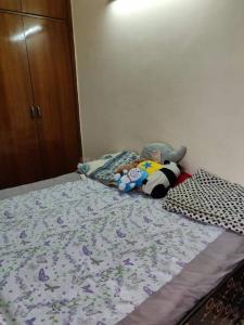 Gallery Cover Image of 500 Sq.ft 1 BHK Independent Floor for rent in Lajpat Nagar for 19500
