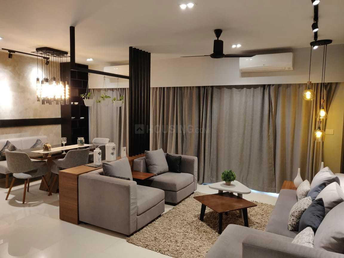 Living Room Image of 1720 Sq.ft 3 BHK Apartment for buy in Thoraipakkam for 16000000