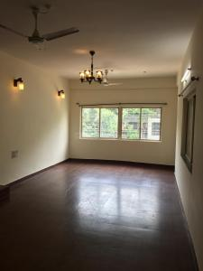 Gallery Cover Image of 1600 Sq.ft 3 BHK Apartment for rent in Shivaji Nagar for 33000