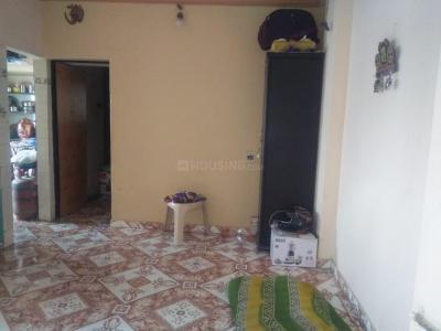 Gallery Cover Image of 550 Sq.ft 1 BHK Apartment for rent in  Shri Hari Kripa Apartment, Ghodasar for 4500