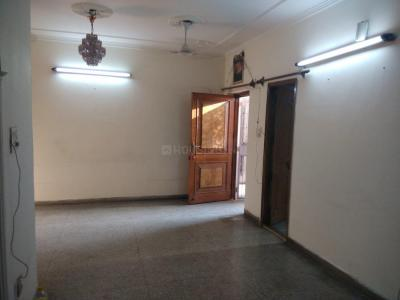 Gallery Cover Image of 700 Sq.ft 2 BHK Apartment for rent in Vikaspuri for 18000