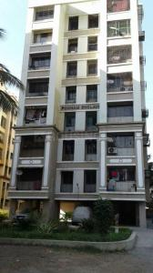 Gallery Cover Image of 620 Sq.ft 1 BHK Apartment for rent in Poonam Enclave, Malad East for 28000