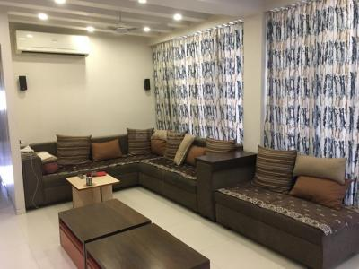 Gallery Cover Image of 2340 Sq.ft 4 BHK Apartment for buy in Sahajanand Oasis, Memnagar for 15500000