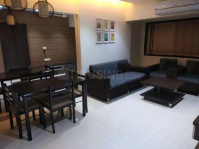 Gallery Cover Image of 890 Sq.ft 2 BHK Apartment for buy in Prabhadevi for 32500000