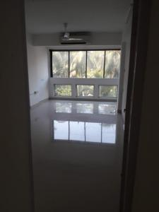 Gallery Cover Image of 1800 Sq.ft 3 BHK Apartment for rent in Juhu for 190000