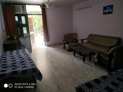 Gallery Cover Image of 1000 Sq.ft 2 BHK Independent Floor for rent in RWA Lajpat Nagar Block E, Lajpat Nagar for 25000