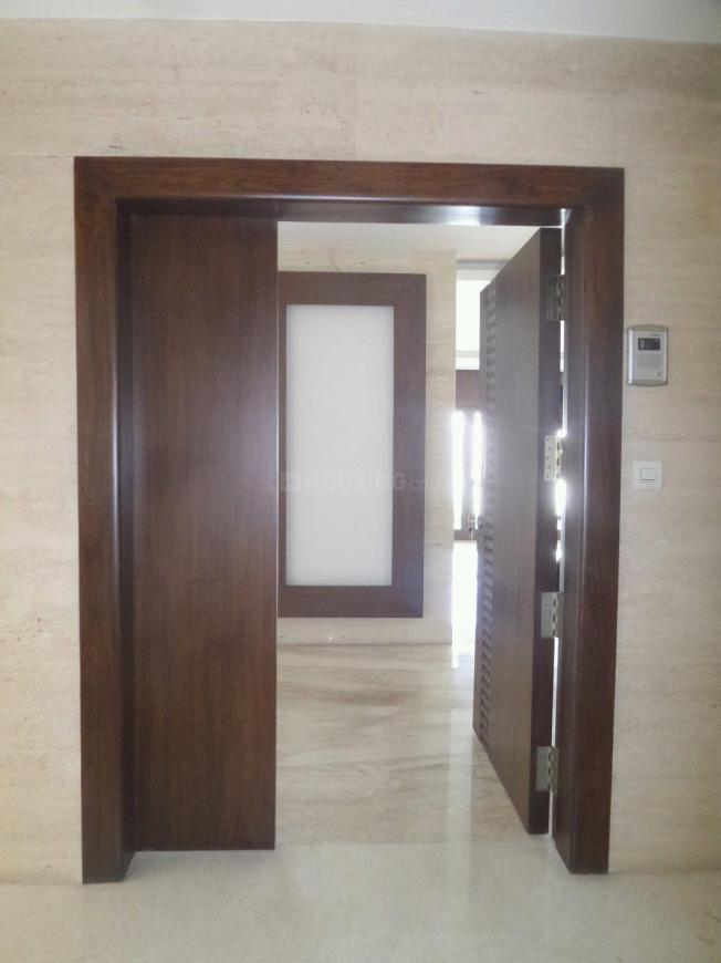 Main Entrance Image of 4000 Sq.ft 4 BHK Apartment for rent in Sangamvadi for 225000