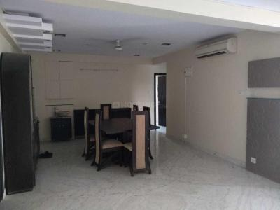Gallery Cover Image of 2600 Sq.ft 3 BHK Apartment for rent in Ballygunge for 100000
