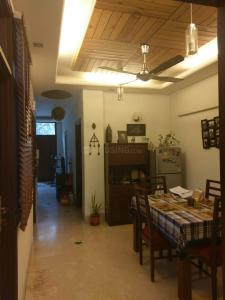 Gallery Cover Image of 1100 Sq.ft 2 BHK Independent Floor for buy in Chittaranjan Park for 13000000