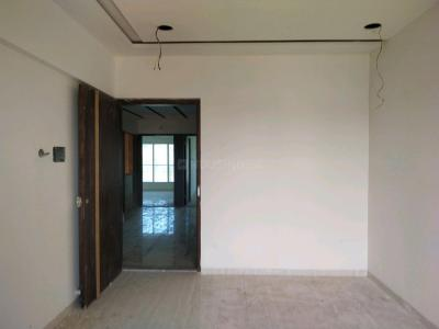 Gallery Cover Image of 750 Sq.ft 1 BHK Apartment for buy in Dahisar East for 7500000