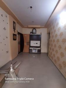 Gallery Cover Image of 650 Sq.ft 1 BHK Apartment for buy in Madhuban Park, Virar West for 3000000