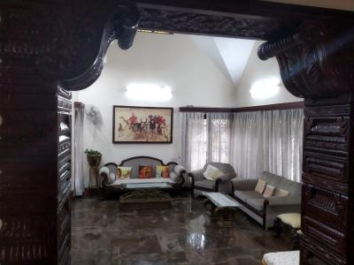 Gallery Cover Image of 3500 Sq.ft 4 BHK Villa for rent in Koramangala for 300000