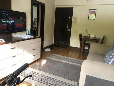 Gallery Cover Image of 675 Sq.ft 1 BHK Apartment for rent in Imperial Tower, Agripada for 50000
