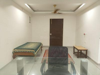 Gallery Cover Image of 1300 Sq.ft 2 BHK Apartment for rent in Banjara Hills, Banjara Hills for 30000