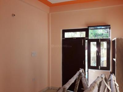 Gallery Cover Image of 300 Sq.ft 1 RK Independent Floor for rent in Chhattarpur for 6500